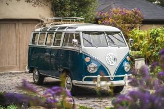 1964 Volkswagen Samba 21-Window Microbus
