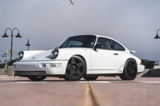 1993 Porsche 911 Carrera 2 Coupe