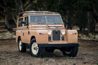 1964 Land Rover Series IIa 88 Station Wagon
