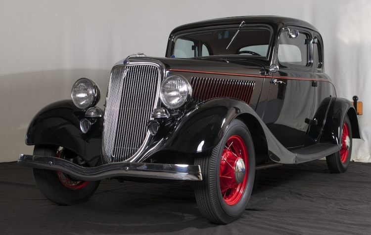 1934 Ford Deluxe Five Window Coupe