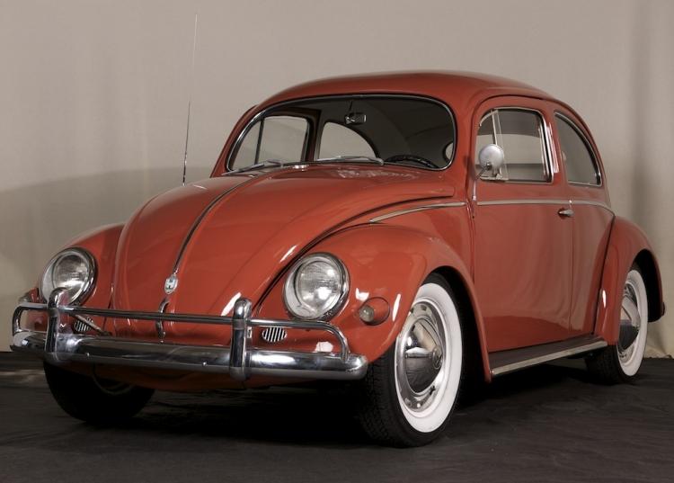 1957 VW Beetle De Luxe Sedan