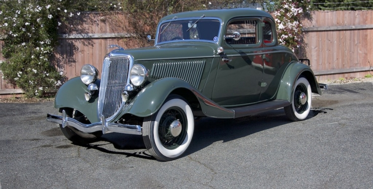1934 Ford Deluxe Coupe