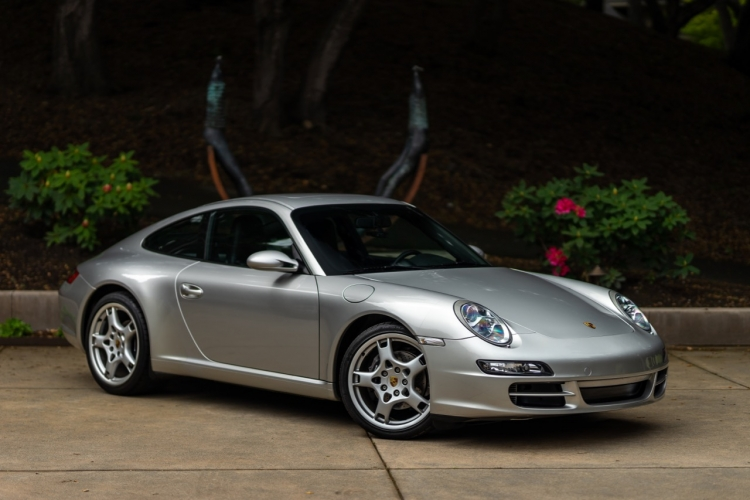 2006 Porsche 911 Carrera Coupe