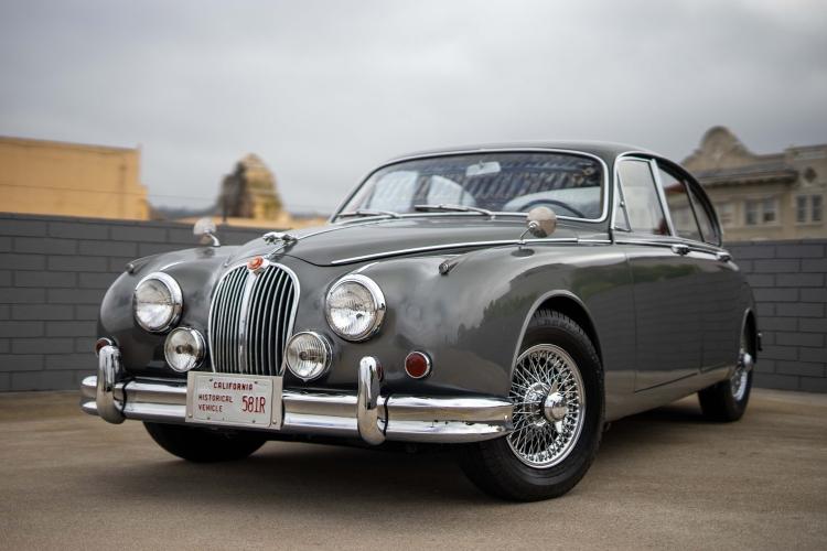 1966 Jaguar Mark II 3.4 Sedan